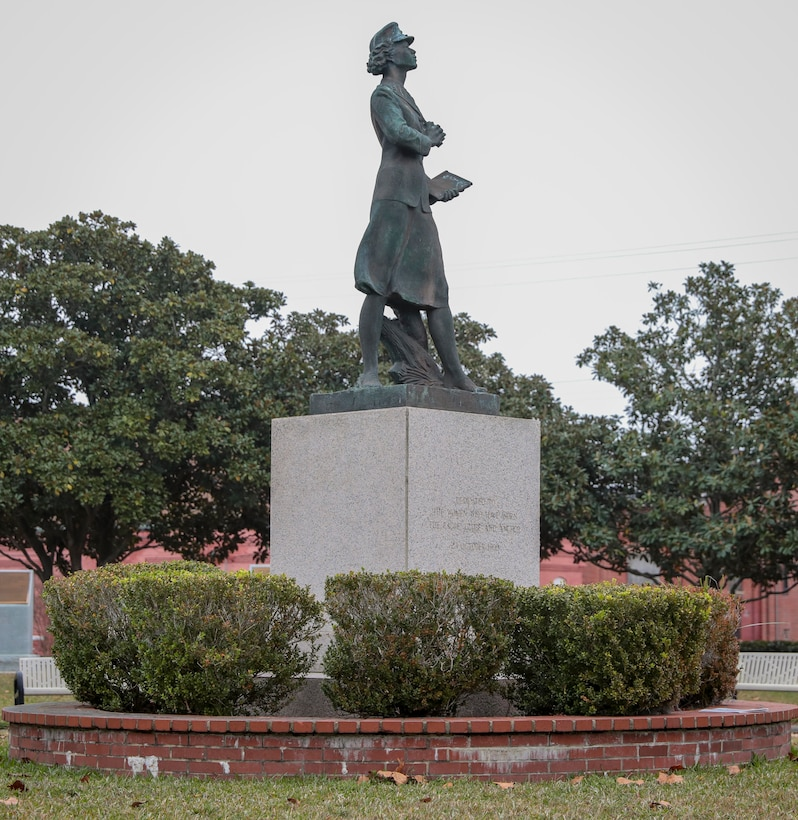 The Molly Marine statue stands on Boulevard de France on Marine Corps Recruit Depot Parris Island S.C., Dec 16, 2020. The statue is a replica of the original statue in New Orleans, La. (U.S. Marine Corps photo by Lance Cpl. Michelle Brudnicki)
