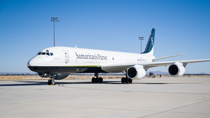 A Samaritan's Purse DC-8 taxis into NASA Armstrong Flight Research Center at Air Force Plant 42 in Palmdale, California, Jan. 11. The aircraft delivered supplies for an Emergency Field Hospital being constructed at Antelope Valley Hospital in nearby Lancaster, California. Samaritan's Purse is charitable organization which has partnered with Lancaster Baptist Church, the city of Lancaster and AV Hospital to provide a 70-bed temporary field hospital to support COVID-19 patients. (Air Force photo by Giancarlo Casem)