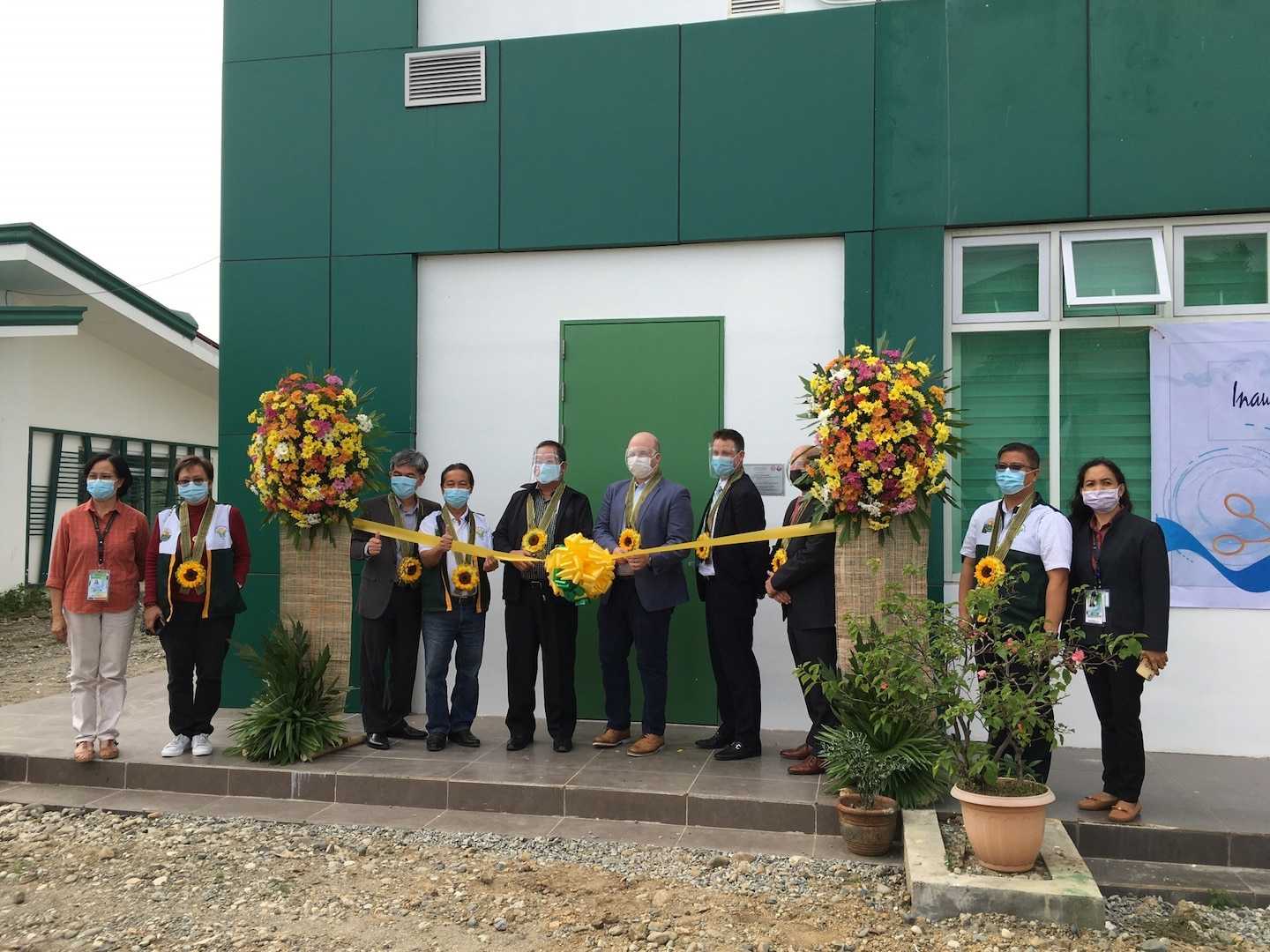 United States and Philippines Commission Zoonotic Disease Laboratory in Tuguegarao