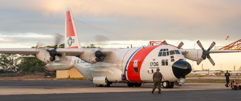 Update 2: Coast Guard, partners search for missing mariners off Midway Island