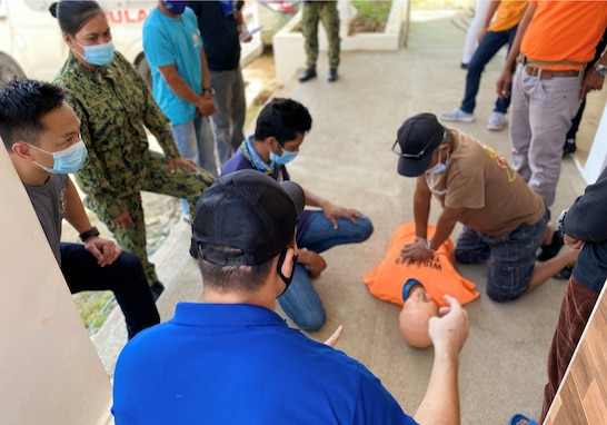 U.S. Military and Philippine National Police Partner to Provide First Responder Training in Zambales