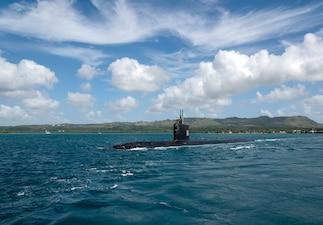 USS Asheville (SSN 758) transits Apra Harbor.