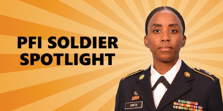 Member of Personnel Force Innovation program recognized by Sgt. Maj. of the Army