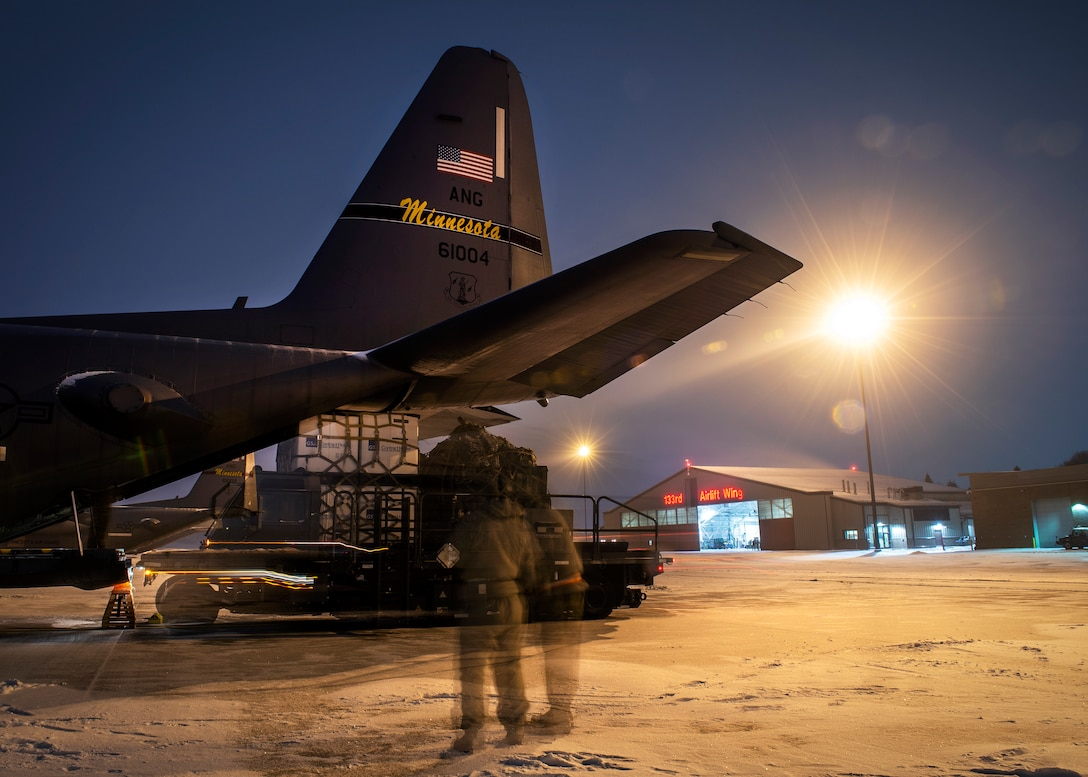 U.S. Air Force Airmen and Soldiers from across the Minnesota National Guard return home from Washington D.C. after supporting the 59th Presidential Inauguration in St. Paul, Minn., Jan. 23, 2021.