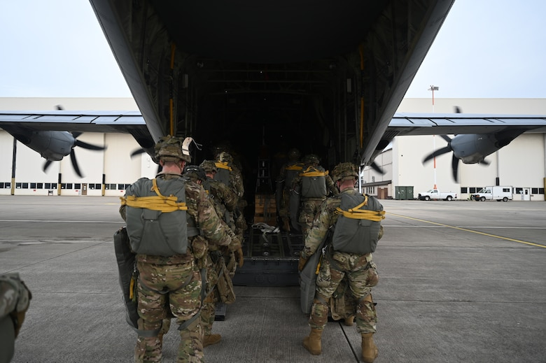 U.S. Army paratroopers assigned to the 1st Squadron (Airborne), 91st Cavalry Regiment, 173rd Airborne Brigade, assigned to Grafenwoehr Training Area, Germany, board a C-130J Super Hercules aircraft.