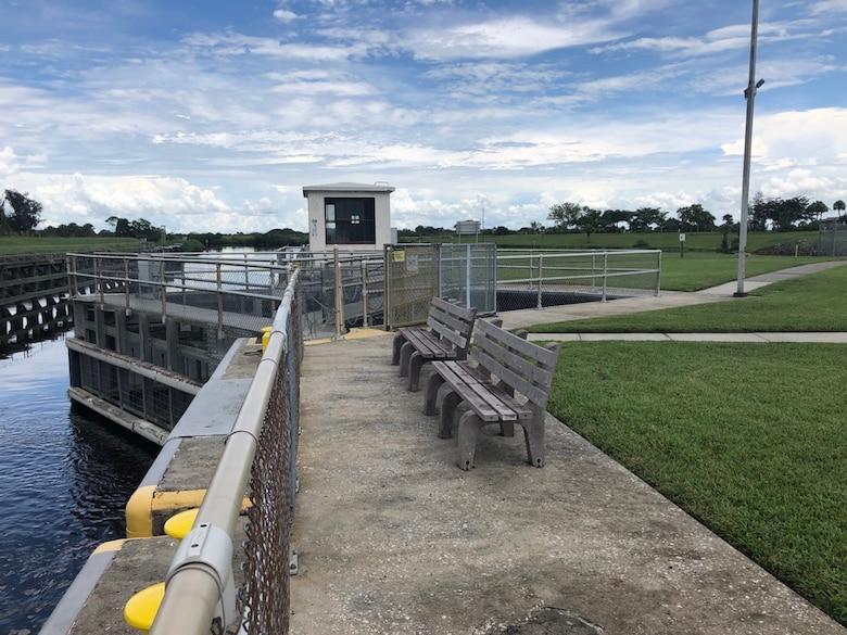 Ortona North lock observation area