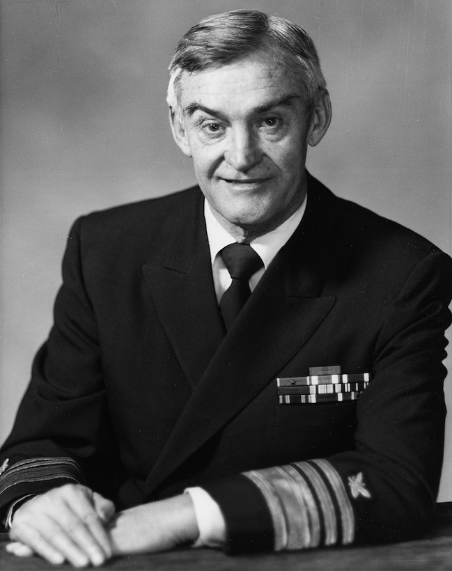 A portrait of VADM Eugene A. Grinstead