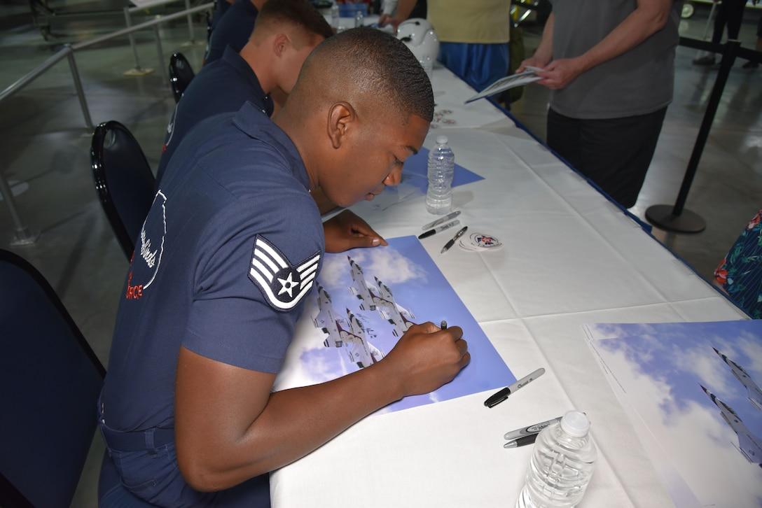 Thunderbirds Autograph Session