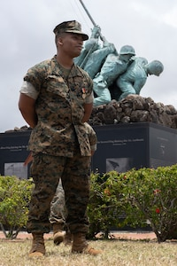 Lance Cpl. Byrd receives Navy and Marine Corps Medal