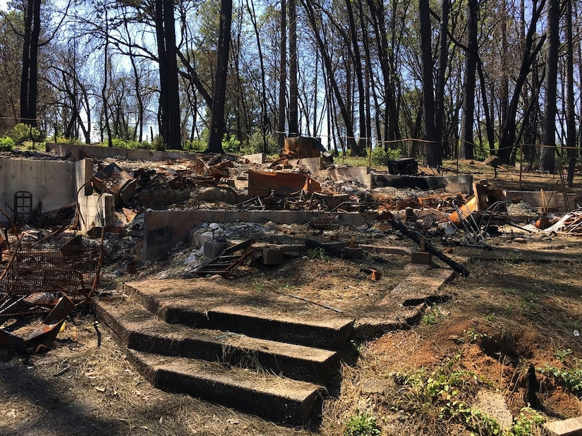 The remains of a house after the Camp Fire in Paradise, California (U.S. Army photo by James Frost).