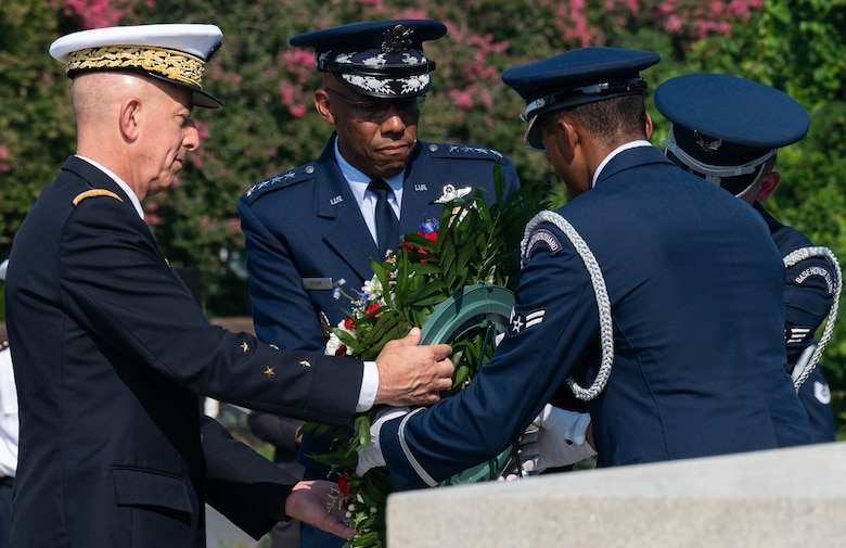 Generals laying a wreath