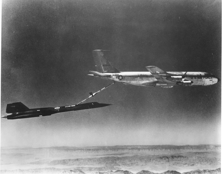 A KC-135 Stratotanker refuels an SR-71. The SR-71 was capable of flying 3,200 statute miles before needing to refuel. (U.S. Air Force photo)