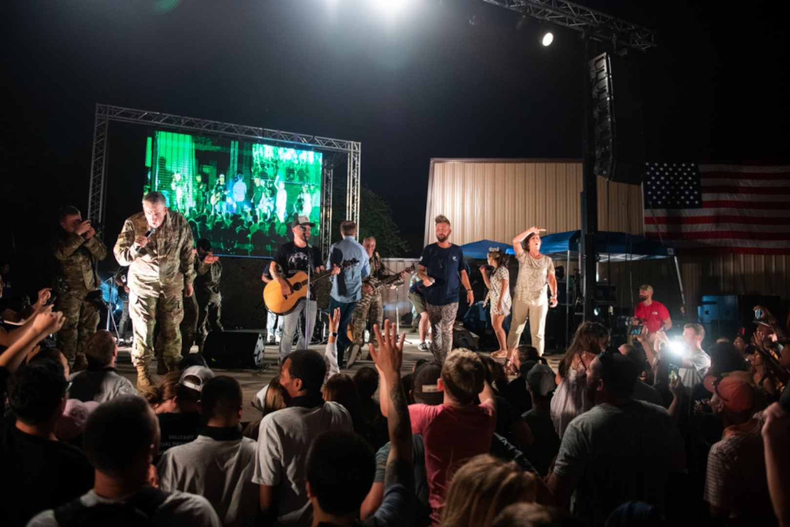 The USO group performs on stage at JBSA-Lackland.