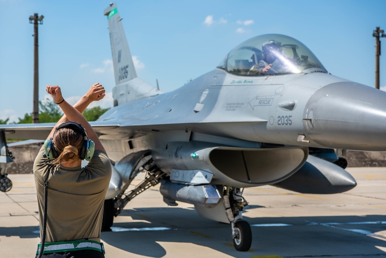F-16 arrives in Bulgaria for Thracian Star 21