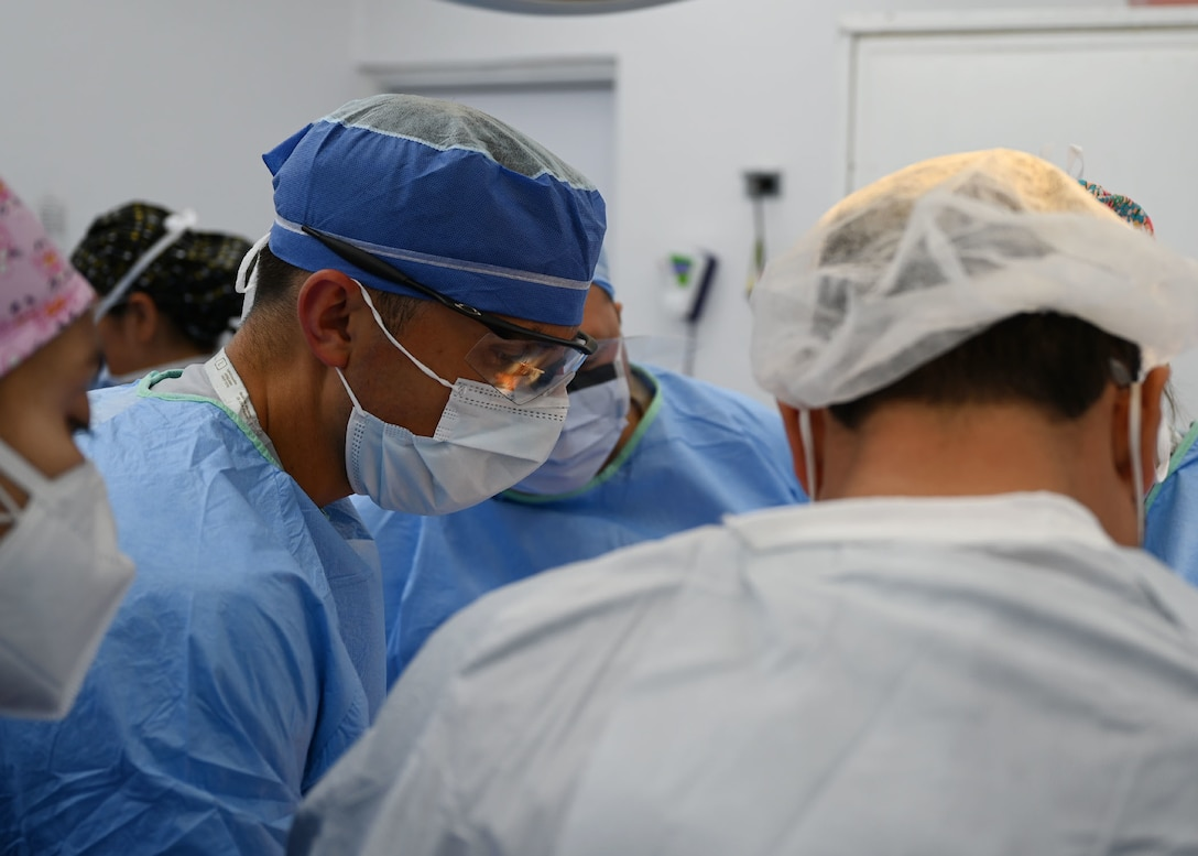 U.S. military doctors arrived in Choluteca for a urologic surgical readiness exercise to provide essential surgeries to pre-selected Honduran patients.