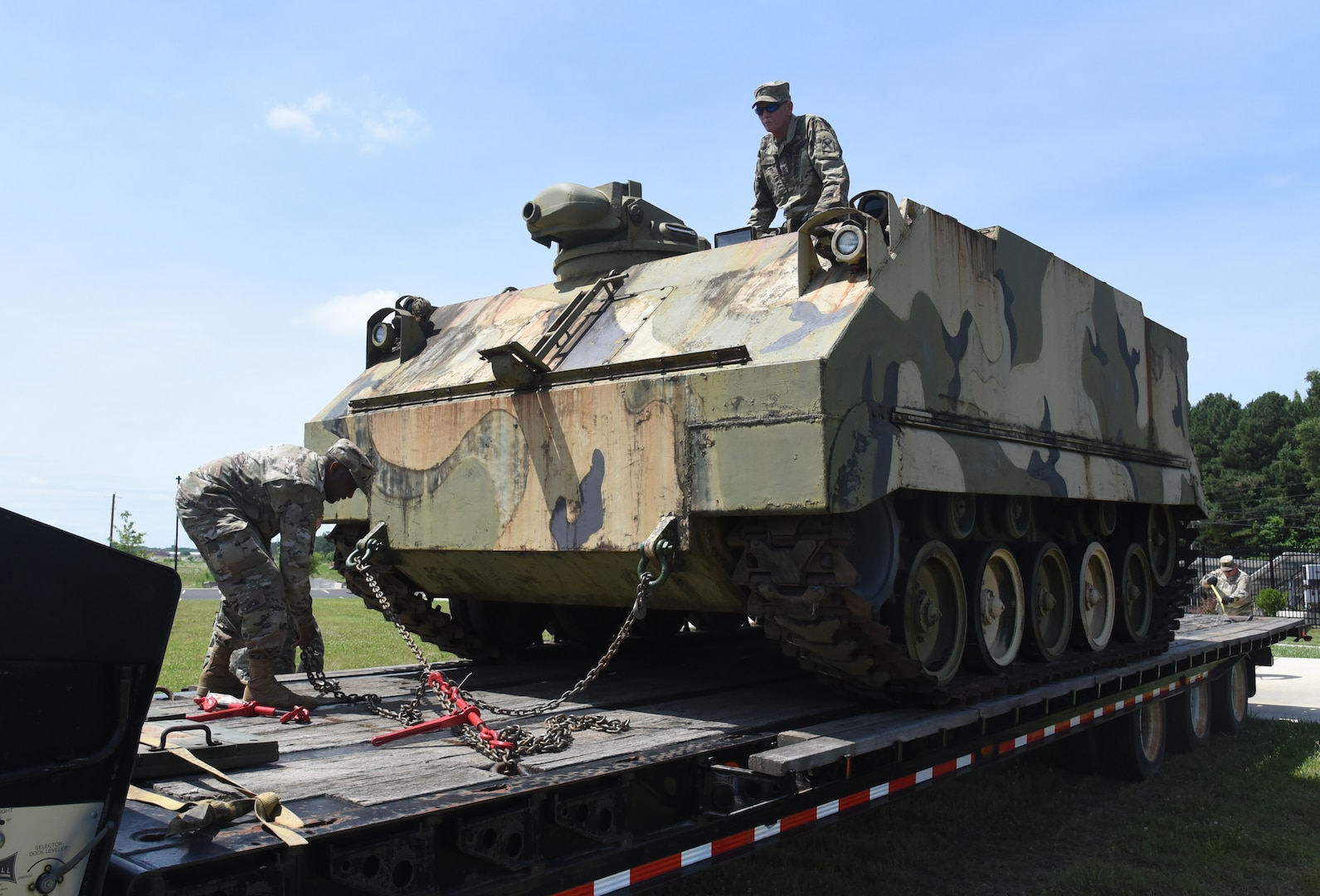 Virginia National Guard Soldiers assigned to the G4 Maintenance Assistance and Instruction Team offload an M84 self-propelled 4.2 mortar carrier June 25, 2021, at the VNG's Sergeant Bob Slaughter Headquarters at Defense Supply Center Richmond, Virginia.