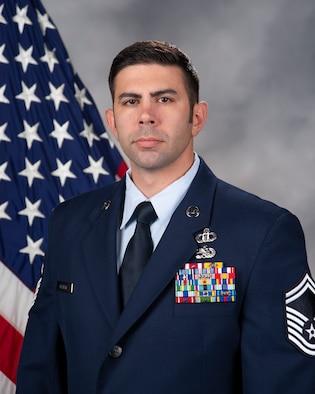 Senior Master Sgt. Daniel Graham official photo.