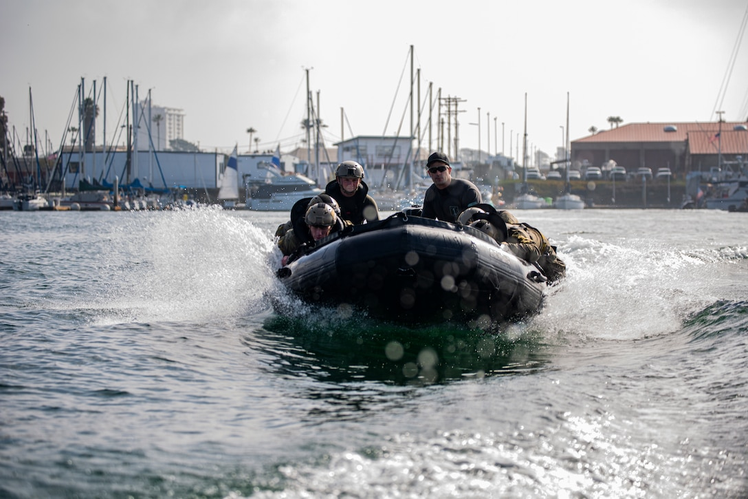 Marines with Marine Raider Support Group conduct amphibious training during the Special Operations Capabilities Specialist D Level 1 training course in Camp Pendleton, Calif., Jan. 6, 2021. The students learn amphibious techniques during the first week which provides basic waterborne capabilities and prepares them for the rest of the amphibious operations conducted during the course.