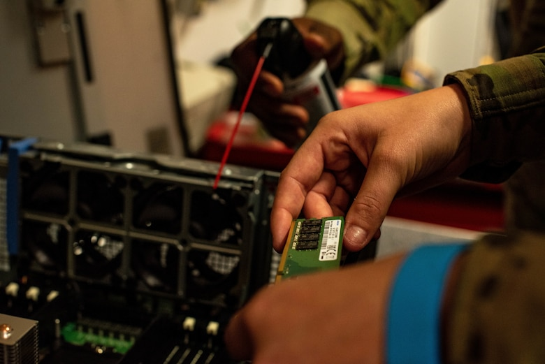 Airmen adds memory to workstation