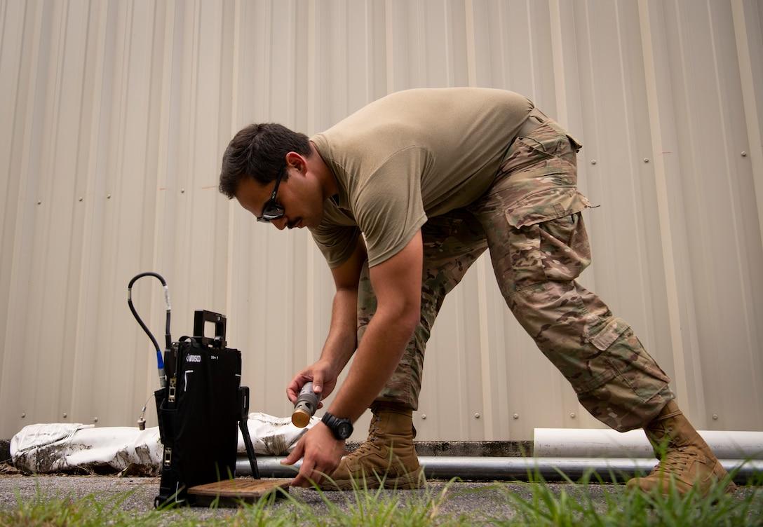 EOD Airmen receive new x-ray equipment