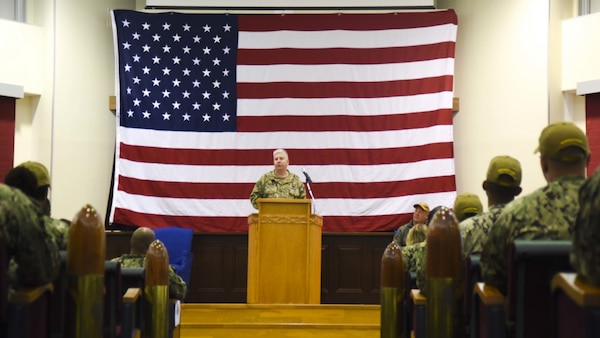 Mine Countermeasures Squadron 7 Holds Change of Command Ceremony