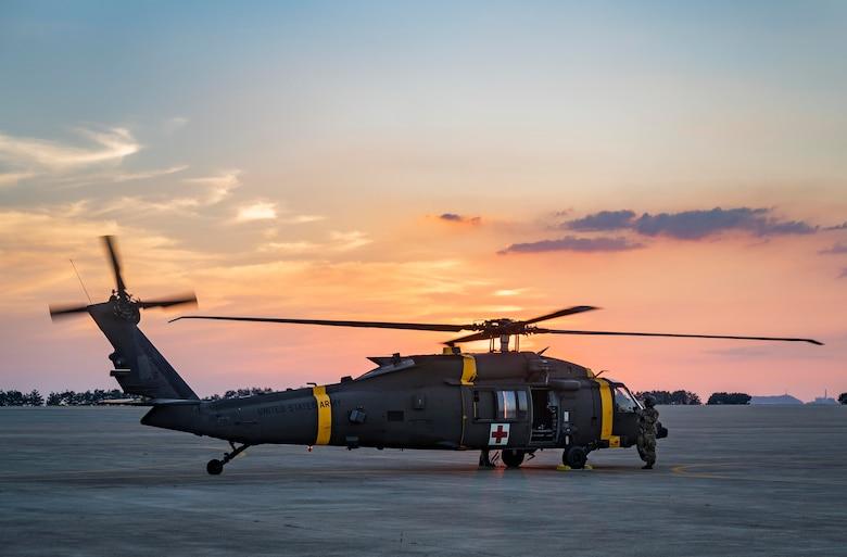 Camp Humphreys medevac soldiers land at Kunsan Air Base.