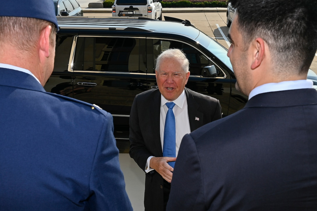 Secretary of the Air Force Frank Kendall speaks with staff members on arrival for his first day at the Pentagon, Arlington, Va., July 28, 2021. (U.S. Air Force photo by Eric Dietrich)