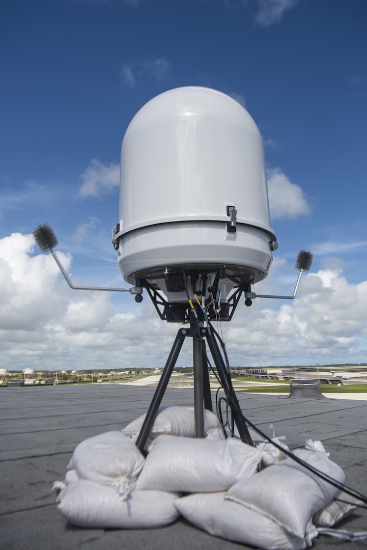 Portable Doppler Radar weather system keeps aircraft soaring