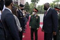 U.S., Vietnam Discuss COVID-19 Aid, New Program to Find War Dead