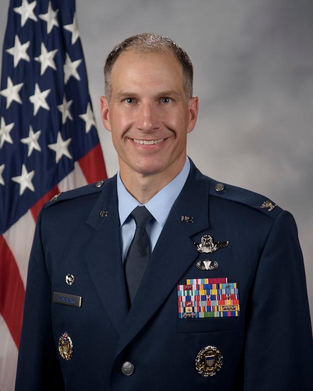 Col. Matthew Husemann official bio photo.