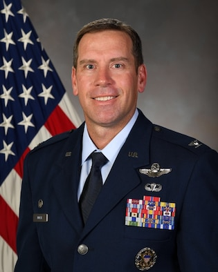 A biographical photo of Col. Craig Andrle