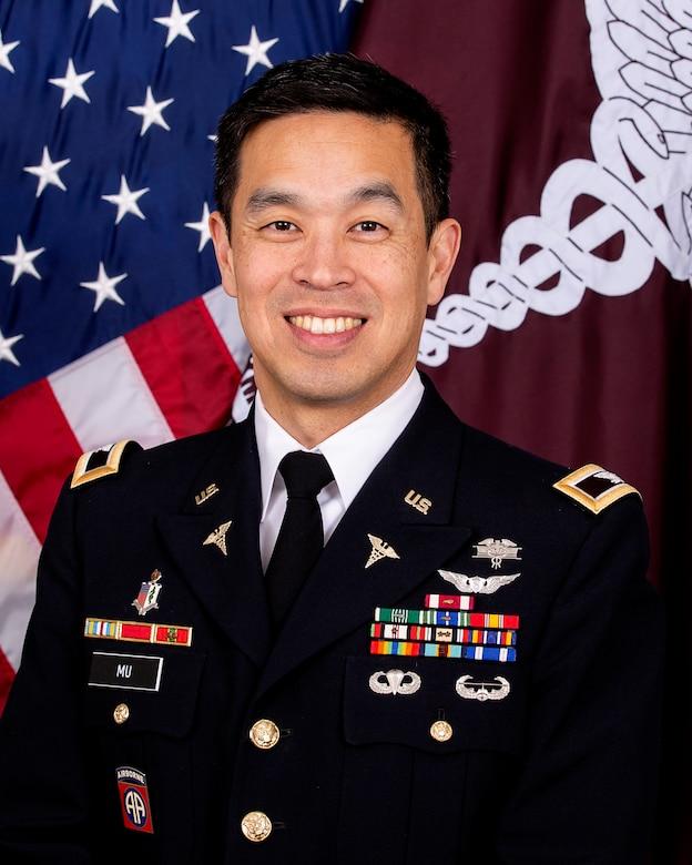 Photo of Army Col. Thornton Mu.