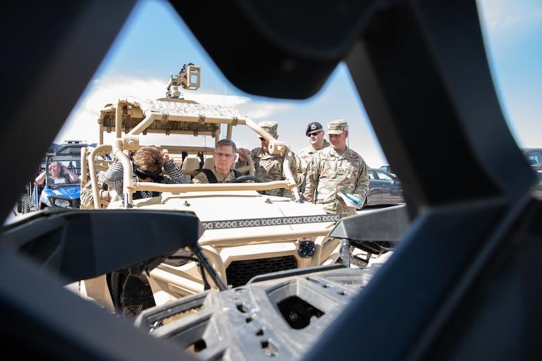General Ray Visits Ellsworth AFB