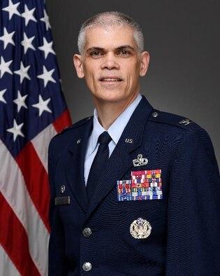 325th MXG Commander