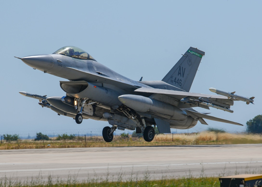 A U.S. Air Force F-16C Fighting Falcon assigned to the 555th Fighter Squadron participating in Falcon Strike 21 (FS21) lands at Amendola Air Base, Italy, June 4, 2021. FS21 is an exercise designed to provide advanced and realistic aircrew training through fourth and fifth generation integration. Exercises like FS21 provide a venue to train with other nations, build readiness, practice interoperability, and enhance enduring relationships. (U.S. Air Force photo by Airman 1st Class Brooke Moeder)