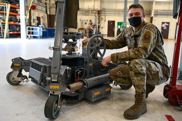 Airman performs Maintenance