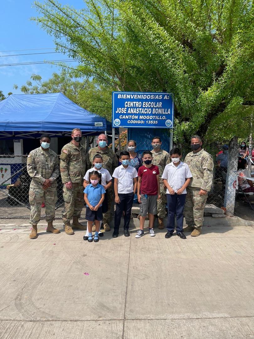 JTF-B donates essential materials to school in Mogotillo, El Salvador through HAP
