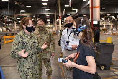 DLA Director visits DLA Distribution, thanks employees for COVID-19 support