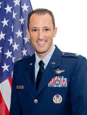 Official photo of Lt. Col. Timothy Rolling.