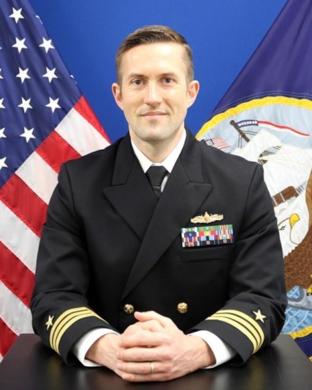 Commander Ben McCarty, USS Shiloh (CG 67)