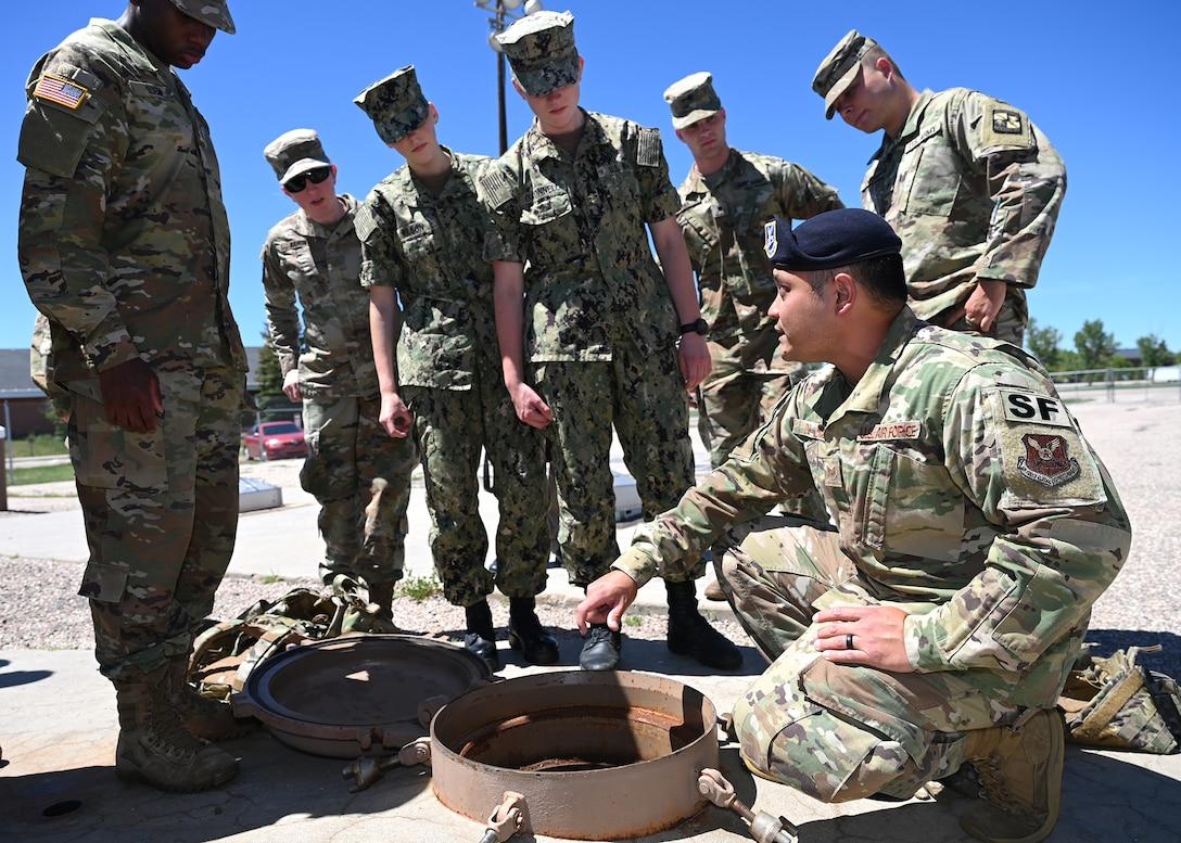 LF immersion visit for cadets