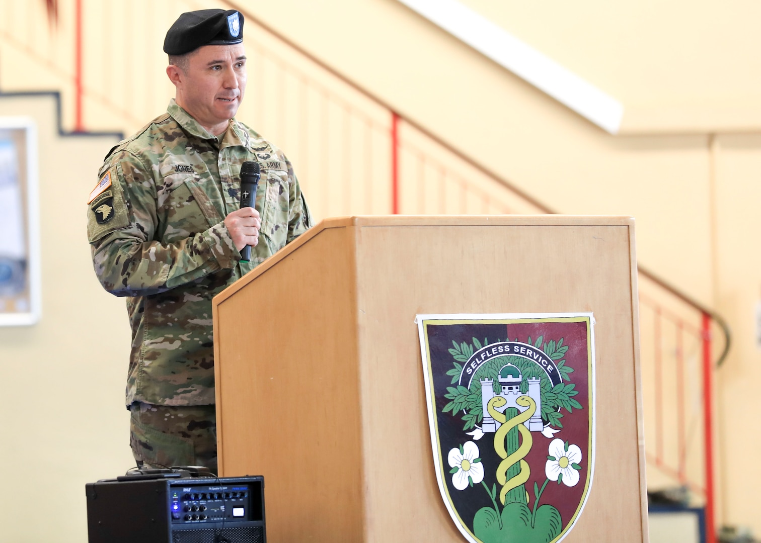 Baumholder Army Health Clinic holds change of command