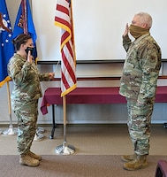 Thorn reenlists in the New York ANG