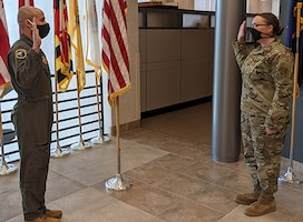 House reenlists in the NY Air National Guard