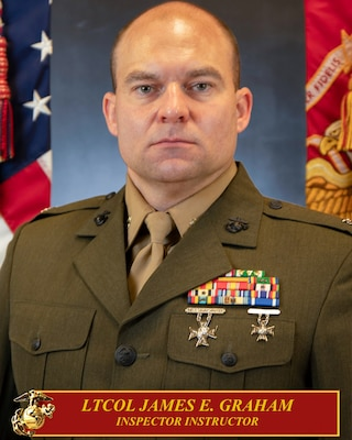 Lieutenant Colonel James E. Graham III Command Poto