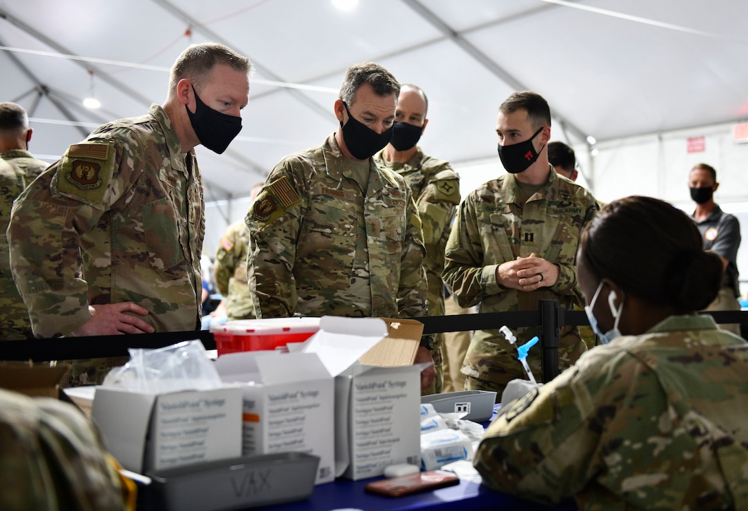 15th Air Force Commander and Command Chief visit Orlando Community Vaccination Center