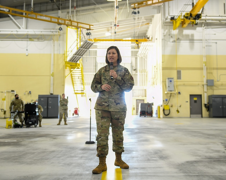 CMSAF Bass speaks at an all call