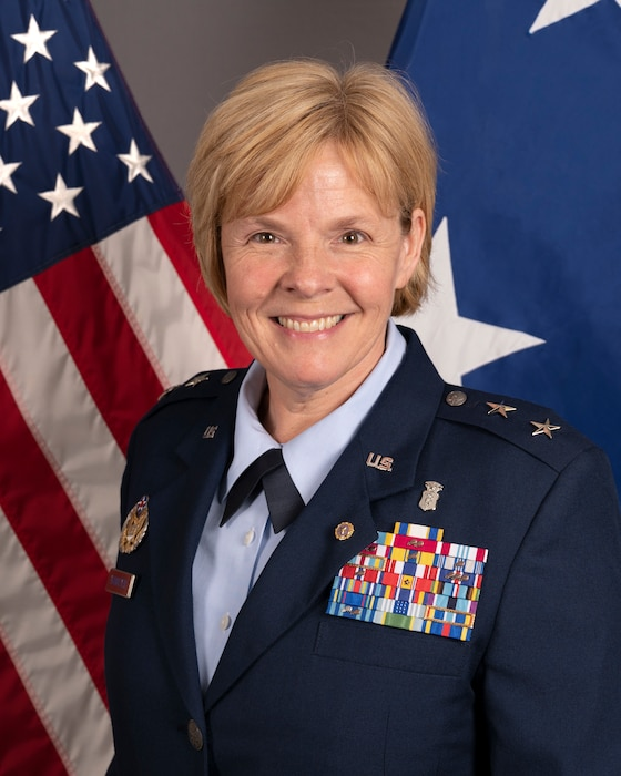 This is the official portrait of Maj. Gen. (Dr.) Sharon R. Bannister.