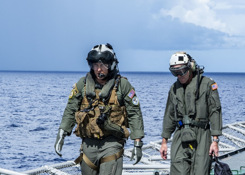 USS Tulsa (LCS 16) conducts flight operations