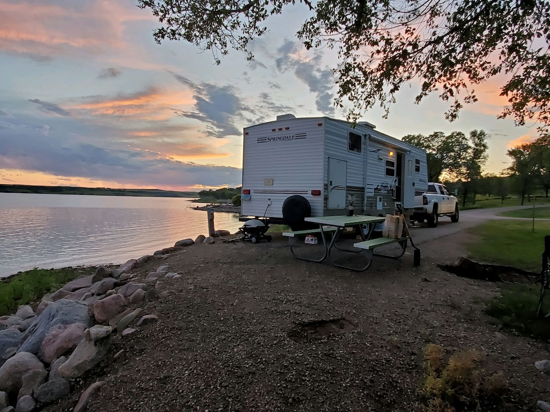 The Corps of Engineers manages the Hazelton, Beaver Creek, and Cattail Bay Campgrounds in North Dakota. These small, quiet campgrounds have primitive to modern amenities and are located on the lake, providing access to some of the best fishing and recreation in the country.